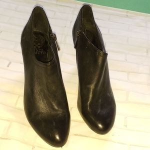 VINCE CAMUTO BOOTIES FOR WOMEN'S SZ 8M